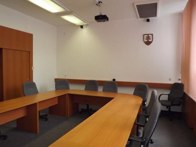 B204: Seminárna miestnosť